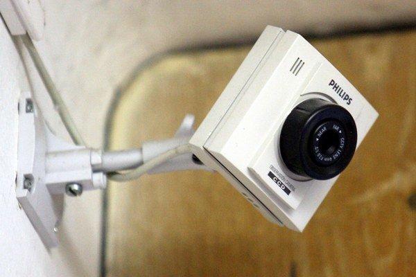 Viaceré žilinské školy chránia žiakov i majetok pomocou kamerového systému.