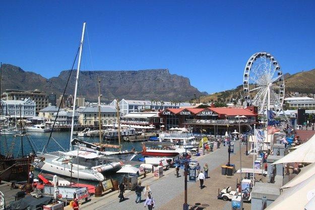 Prístav a Victoria & Alfred Waterfront, Kapské mesto.