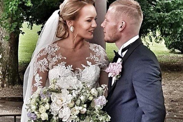 Peter Čögley sa 1. júna oženil s Monikou.