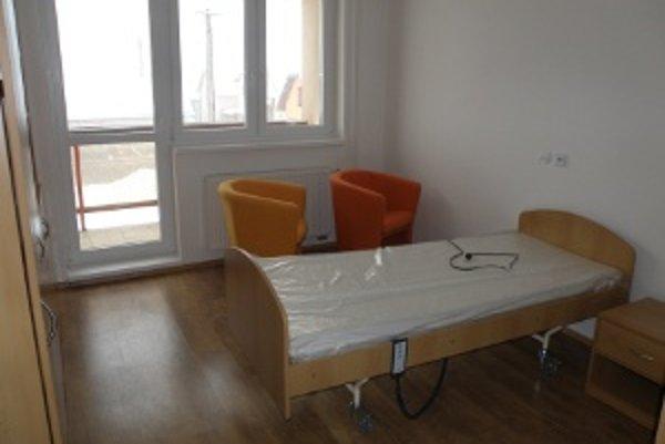 Mesto Bytča dokončilo rekonštrukciu penziónu Jesienka a v jej priestoroch vybudovalo Domov sociálnych služieb a denný stacionár pre dôchodcov.