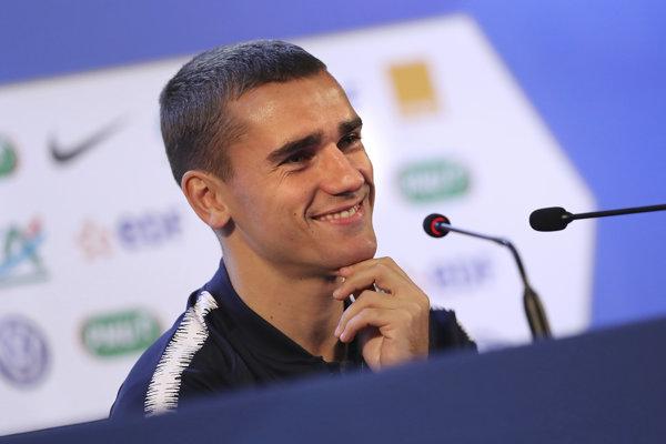 Francúz Antoine Griezmann zostane v Atleticu Madrid.