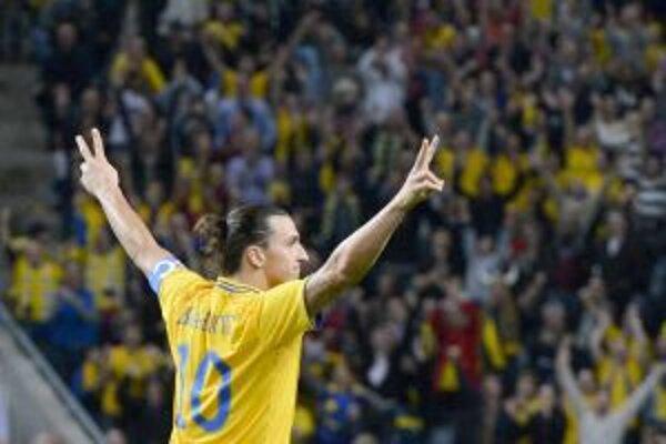 Útočník Zlatan Ibrahimovič by ľudí na štadión mohol prilákať.