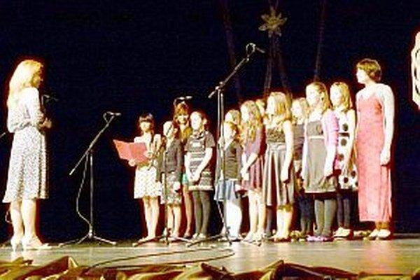 Na divadelnom pódiu stáli prvýkrát.