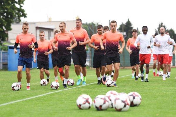 Od štvrtku trénuje už aj ligový nováčik ŠKF Sereď.