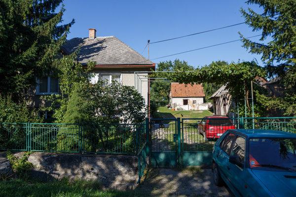 Rodičovský dom vo Vtáčkovciach, odkiaľ obeť odišla pred vraždou.
