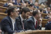 Poslanci NR SR zľava Marek Maďarič, Juraj Blanár a Ján Podmanický.