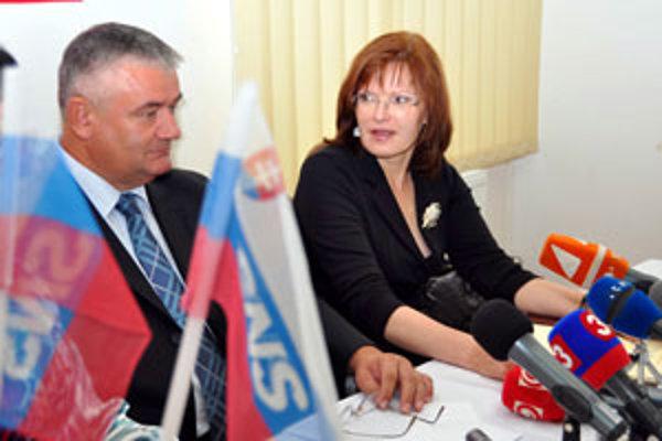 Ján Slota, ani Anna Belousovová predsedom ŽSK byť nechceli.