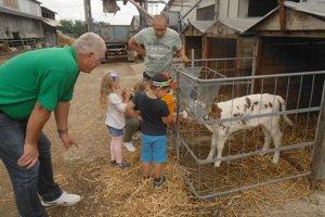Na mliečnej farme v Žemberovciach bol deň otvorených dverí.