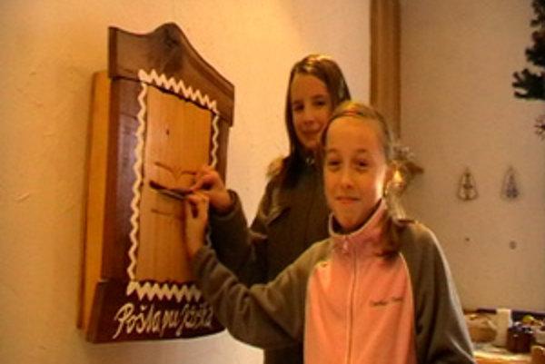 Deti píšu Ježiškovi už jedenásty rok do Rajeckej Lesnej.