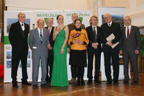 Ocenené osobnosti a ich zástupcovia z januára tohto roku.