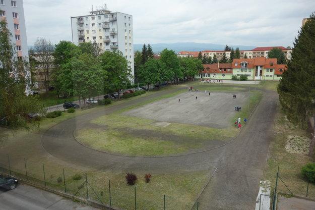 Školský dvor pred rekošntrukciou