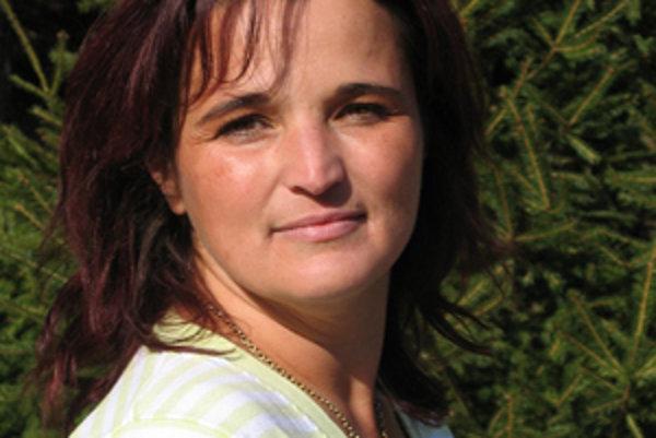 Mnohé cintoríny  pozná  Mária Ďungelová lepšie ako obyvatelia obcí.