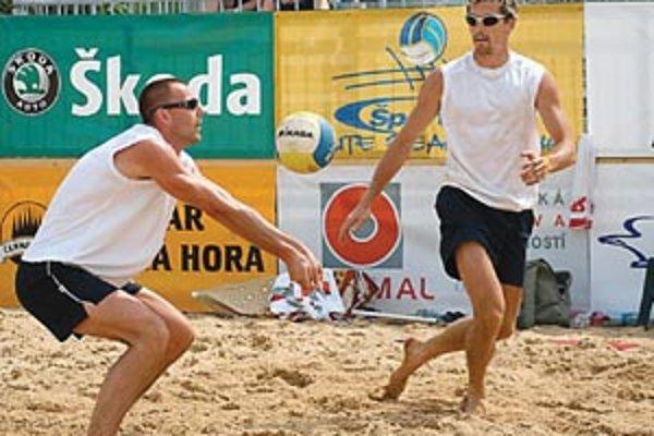 Úvodným podujatím odštartovali v Žiline prvý ročník majstrovstiev Slovenska v plážovom volejbale.