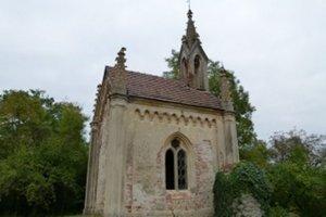Záhradnú kaplnku chcú vrátiť do pôvodného stavu.