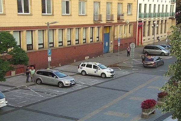 Vo Zvolene kontrolovali taxikárov.