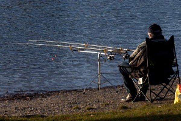 Včerajším dňom úspešne začala jarná sezóna lovu kaprov.
