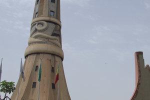 Jednou z mála dominánt mesta Bamako je stavba s názvom Tower of Africa.