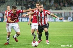 V poľskej Cracovii si užil ešte menej futbalovej radosti než predtým v Česku.
