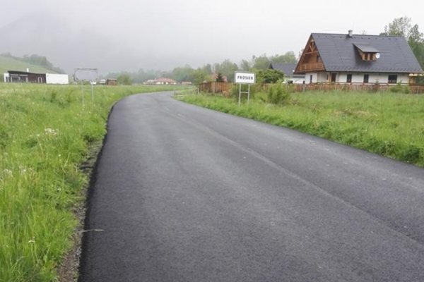 Vlani opravila župa cestu do Prosieka. Tento rok opravy nebudú rozsiahle.