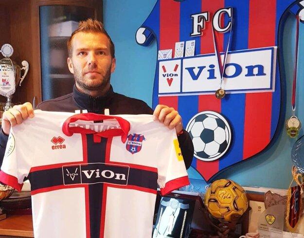 Tomáš Ďubek podpísal dvojročný kontrakt.