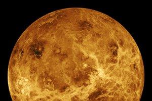 Podoba Venuše vytvorená ako mozaika z rôznych záberov.