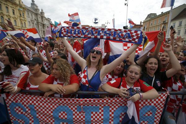 Fanúšikovia Chorvátska čakali na príchod hráčov.