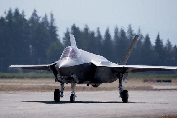 Bojové lietadlo F-35.