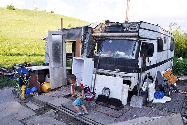 V tomto karavane žije šesť ľudí.