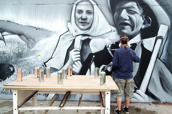 Street art na ľudovú nôtu.