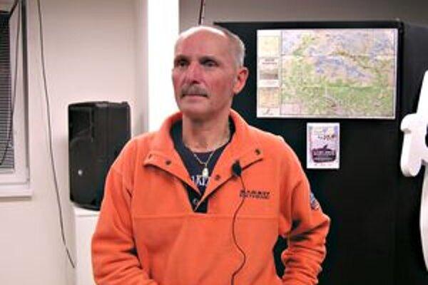 Cestovateľ pútavé rozprávanie doplnil fotografiami z výpravy.
