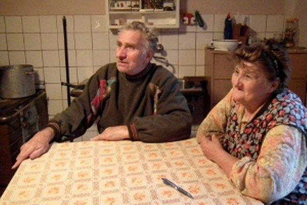 Manželia Klúčikovci volili župana aj poslancov doma v kuchyni. Vraj vybrali dobrých.