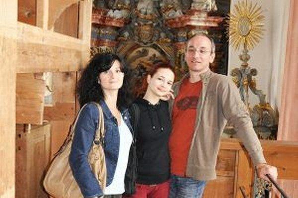 Vladimír Gazdík s rodinou v kaplnke sv. Michala na Oravskom hrade.