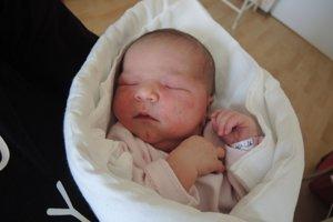 Hana Bahnová (4030 g, 51 cm) sa narodila 18. júla Márii a Jánovi z Borčíc. Doma majú štvorročného Tomáša a dvojročného Lukáša.