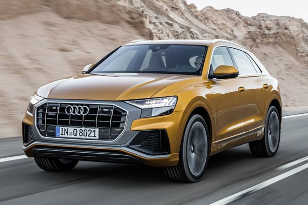 Nové luxusné športovo-úžitkové kupé Audi Q8, ktoré sa vyrába v bratislavskom závode spoločnosti Volkswagen, sa vyznačuje novou prednou maskou, ktorú dostanú aj ďalšie modely Q.