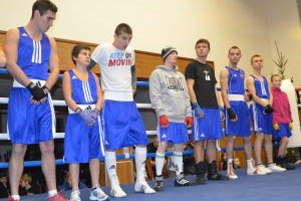 Boxeristi na podujatí v Kline.