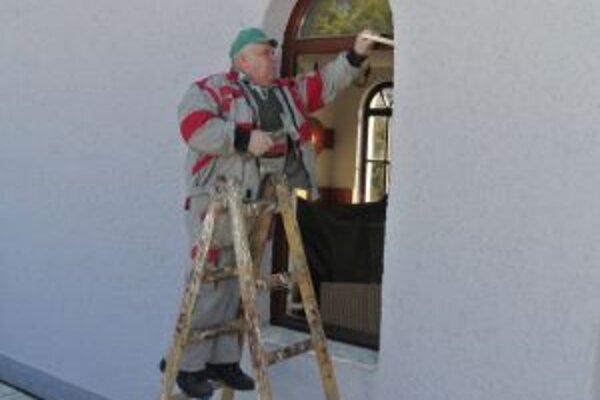 Montáž nových okien.