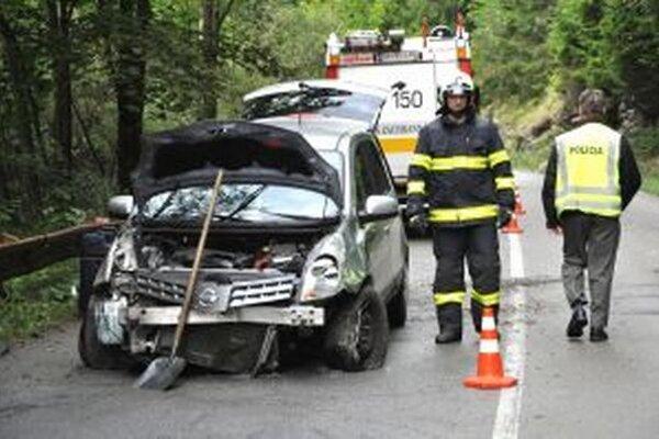 Nehoda sa obišla bez vážnejších zranení.