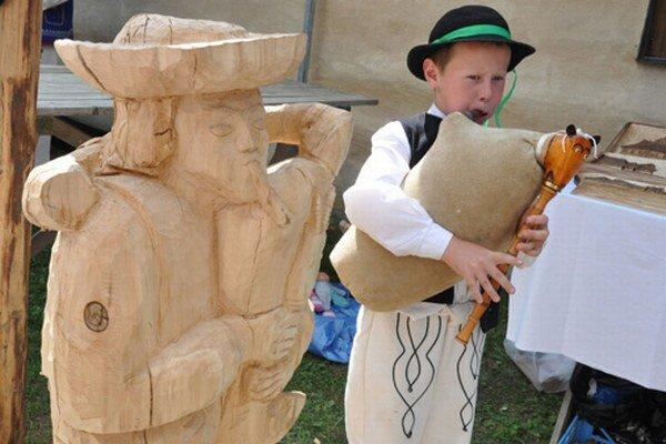 Tradičný hudobný nástroj zlákal aj deti z hornej Oravy.