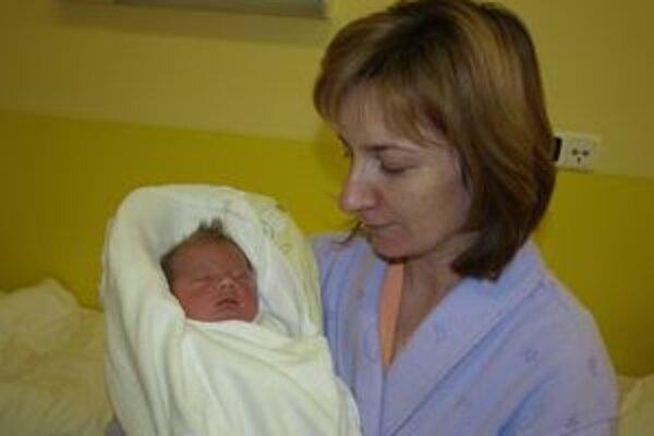 Mamička Jana s malým Filipkom.