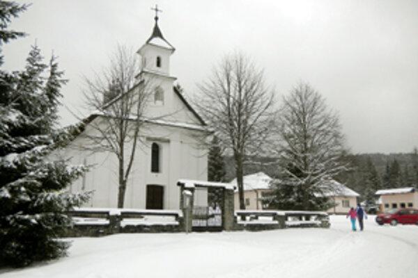 Kostolík v Oraviciach.