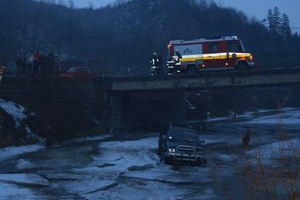 Vlani došlo v Tvdošínskom okrese k 138 vážnejším nehodám. Je to o 113 menej ako v predchádzajúcom roku.