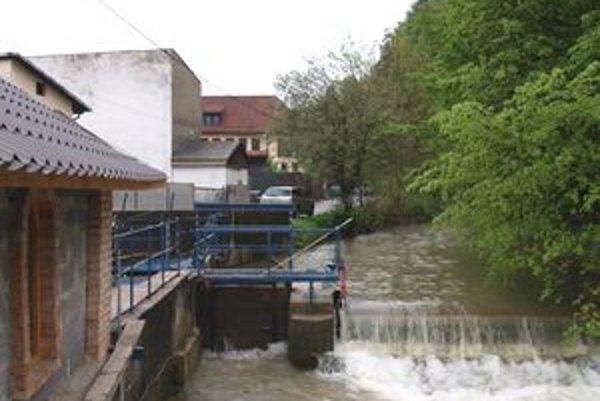 Florinka, jediná vodná elektráreň na Jasenovskom potoku v Dolnom Kubíne.
