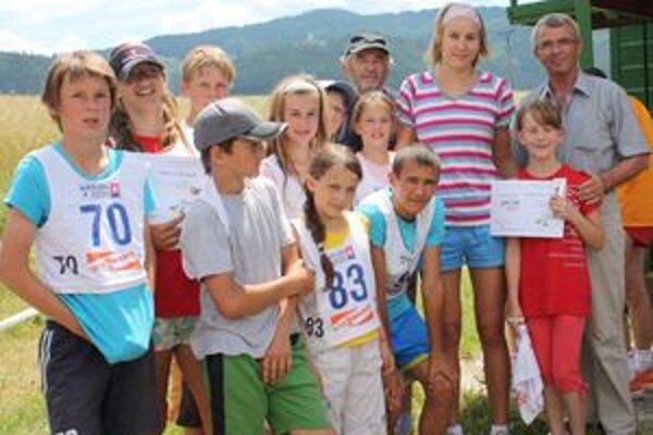Brezanskí biatlonisti sa takto zvečnili s úspešnou olympioničkou Anastasiou Kuzminovou.