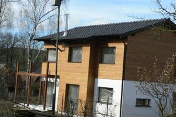 Pasívny dom v Jasenovej. Pýši sa viacerými prvenstvami. Je zatiaľ jediný na Orave a najmenší na Slovensku.