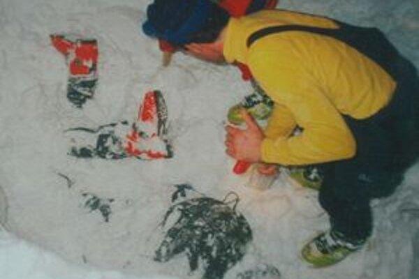 Pre záchranára je najhoršie, keď spod nánosov snehu vyhrabáva už len nehybné ľudské telo.