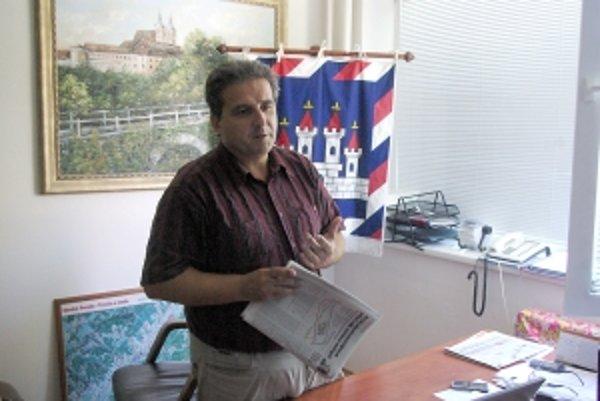 Štefan Daško tvrdí, že tento rok sa ihriská v Ilave postaviť nestihnú.