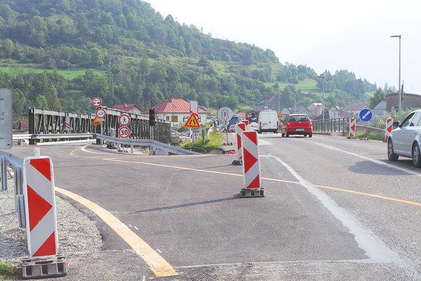 Náhradné premostenie je hotové, starý most môžu zbúrať.