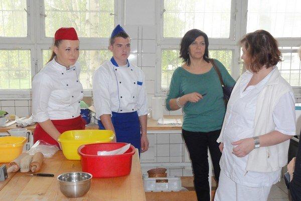 Prípravy pred začatím súťaže.