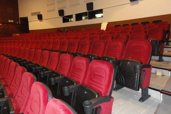Rekonštrukcia kinu pomohla.