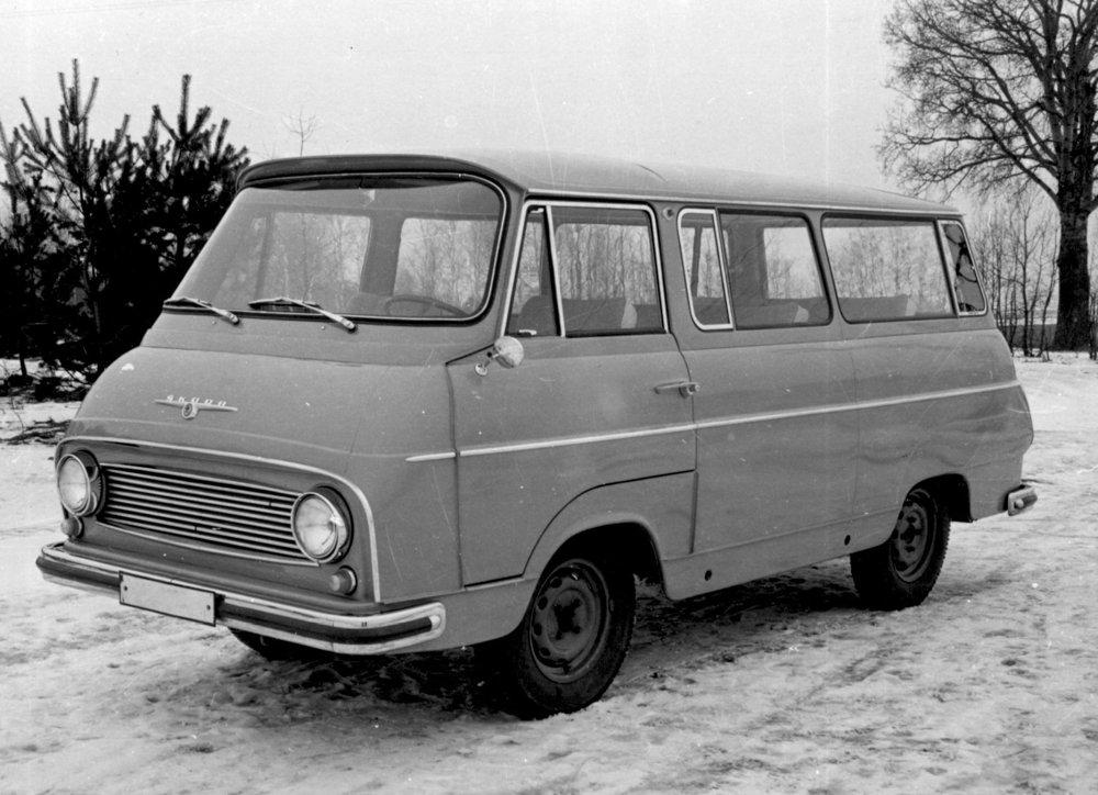Predsériová Škoda 1203 v roku 1966.